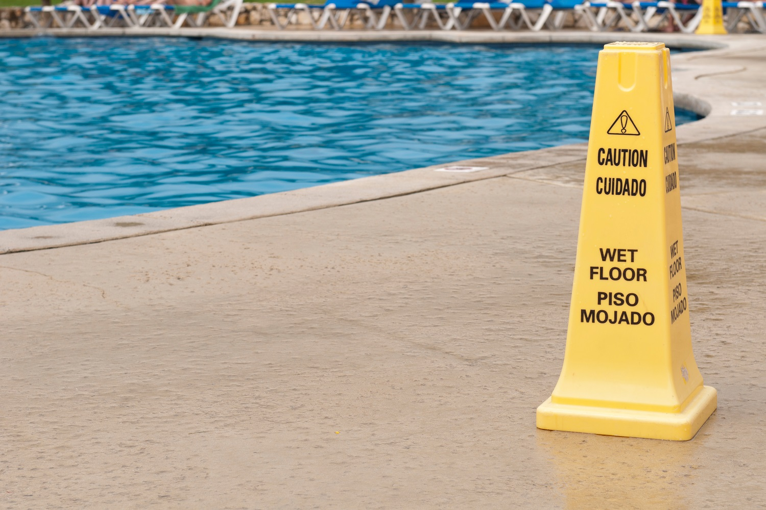 Swimming  pool accidents spike in the summer